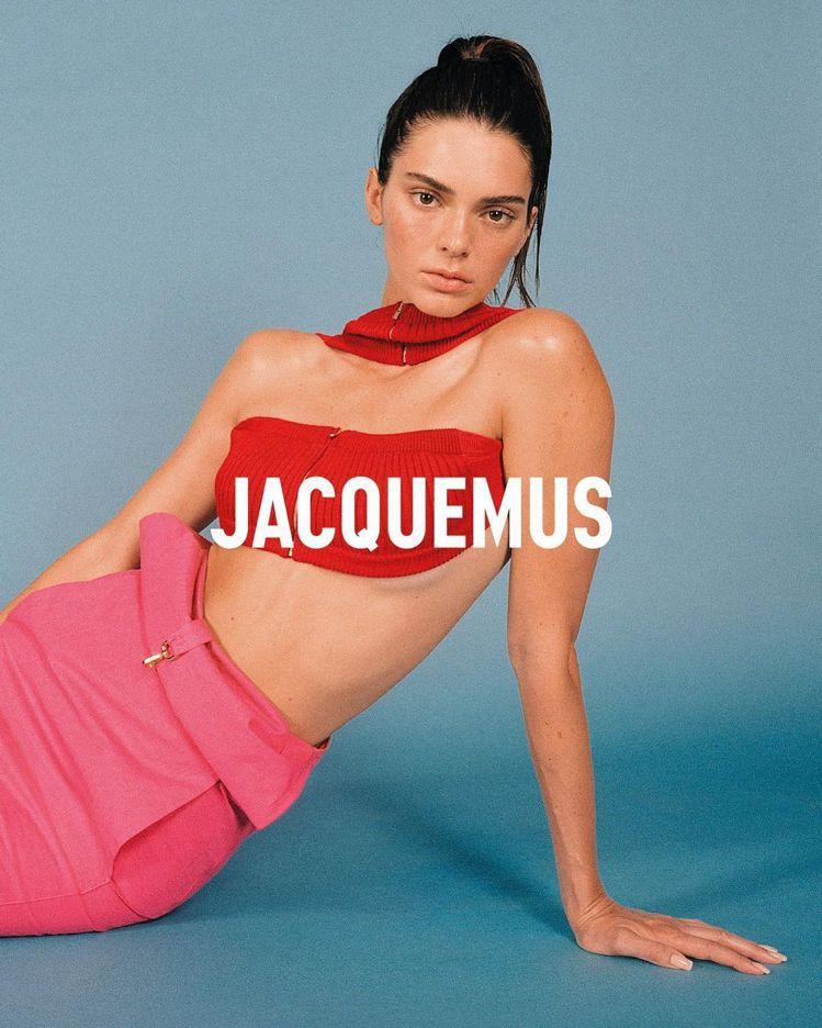 Jacquemus秋冬形象圖,包括各式針織超短版上衣。圖/取自IG
