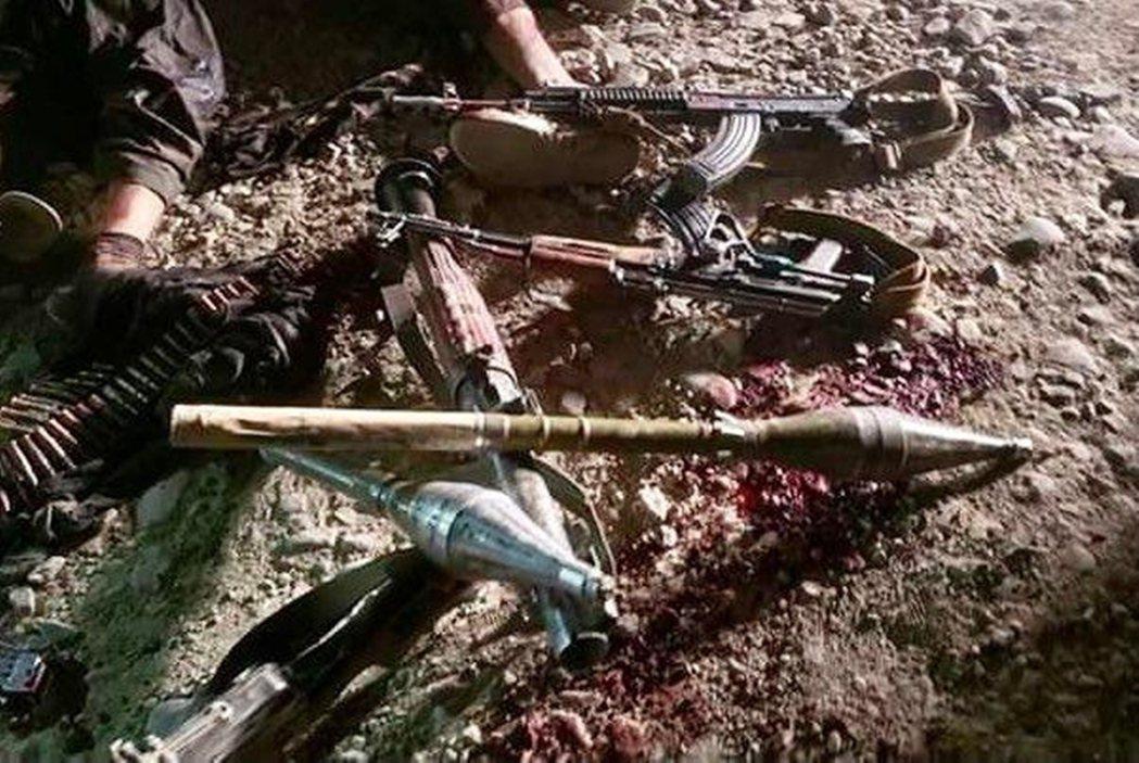 被215軍團殲滅的塔利班戰士。 圖/沙達特