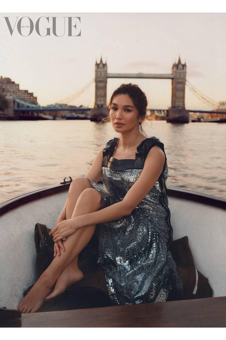 陳靜Gemma Chan登上時尚雜誌。圖/摘自British Vogue