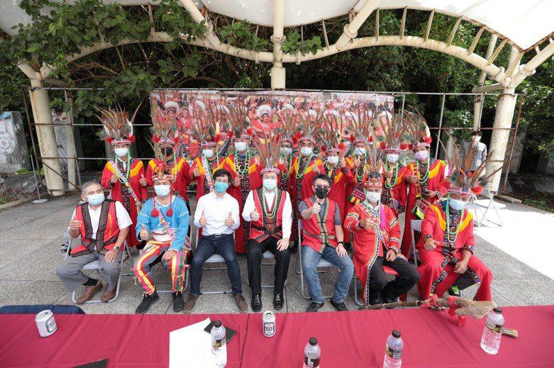 原住民豐年祭傳統祭儀,迎賓舞不減熱情林右昌同樂。圖/基隆市政府提供