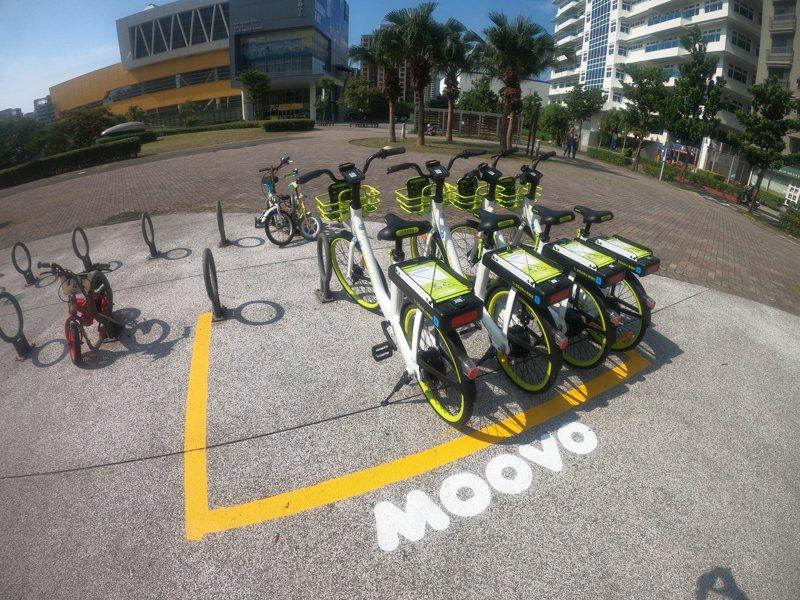 MOOVO電動輔助自行車將停止原有的共享電動輔助自行車系統營運服務,未來將改採訂閱制。圖/新北市交通局提供
