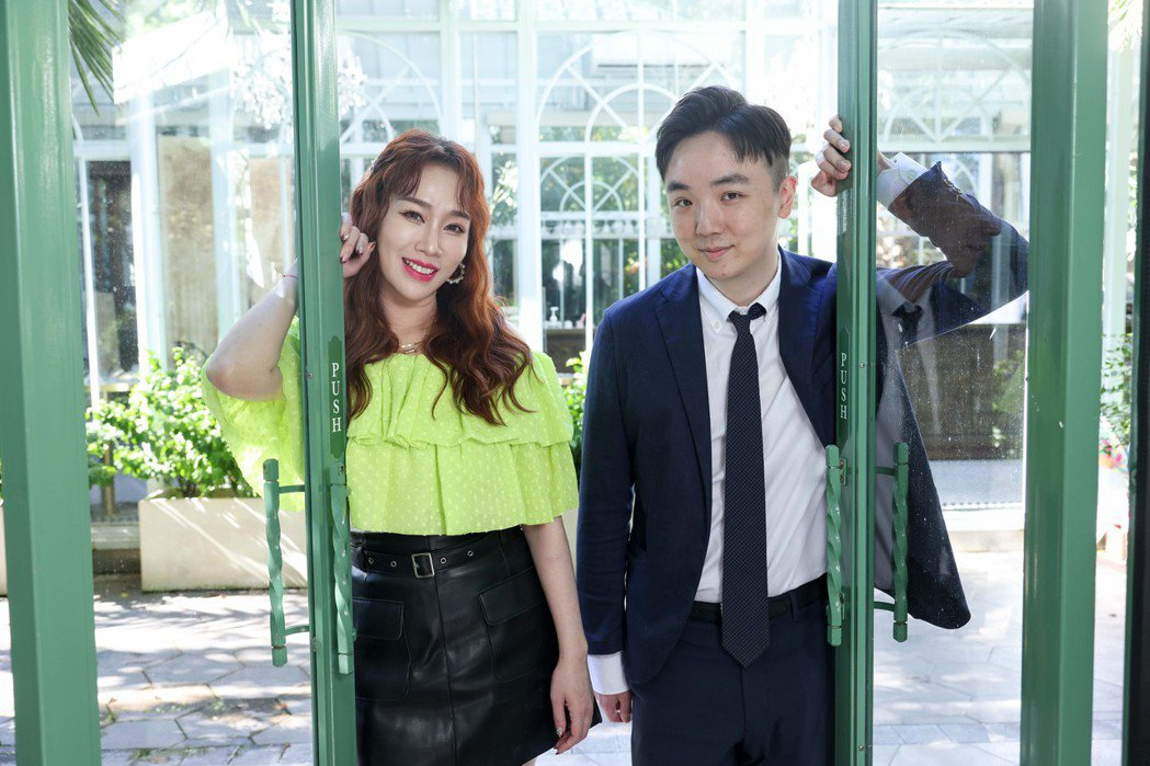 林佩瑤(左)對老公武俊傑的事業全力支持。記者李政龍/攝影