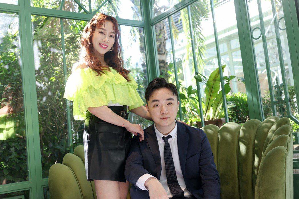 林佩瑤(左)和老公武俊傑個性契合。記者李政龍/攝影