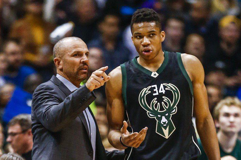 基德(左)表示他與安戴托昆波(右)的關係早已超越籃球。 歐新社