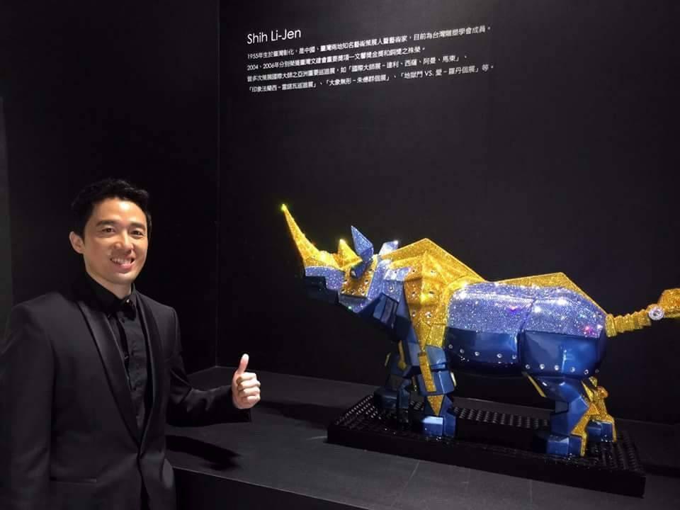 王孝璿LEO說:「消費者絕對想像不到施華洛世奇水晶還可以上山下海。」夏河國際/提...