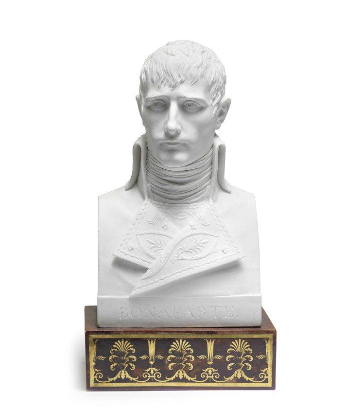 Dihl et Guèrhard瓷製拿破崙大型半身像,約1800年,估價30,0...