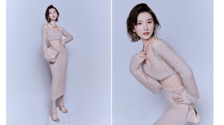 毛曉彤穿FENDI針織裙以纖瘦取勝。圖/取自微博