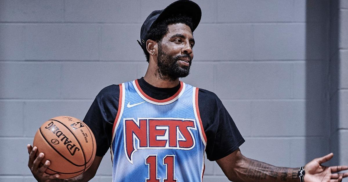 独臂高中篮球员在美爆红 秀与厄文一同训练合照