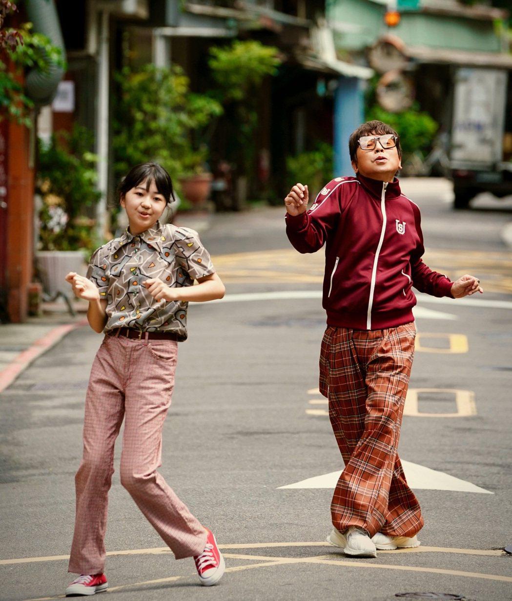 郭蘅祈(右)邀來第55屆金鐘獎迷你劇集/電視電影最具潛力新人獎得主白小櫻跨刀共舞