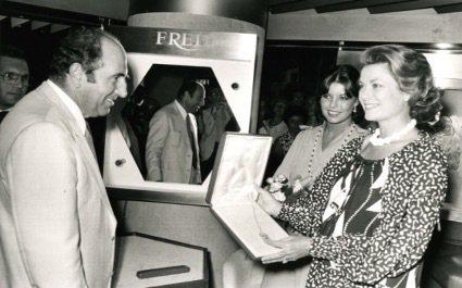 摩納哥王妃葛麗絲凱莉是品牌忠實客戶。圖/斐登提供