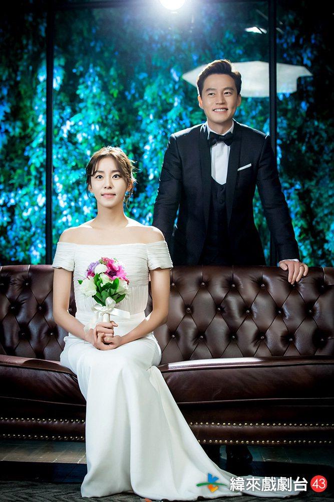 李瑞鎮在「結婚契約」中,為了救母親找了Uie假結婚。圖/緯來戲劇台提供