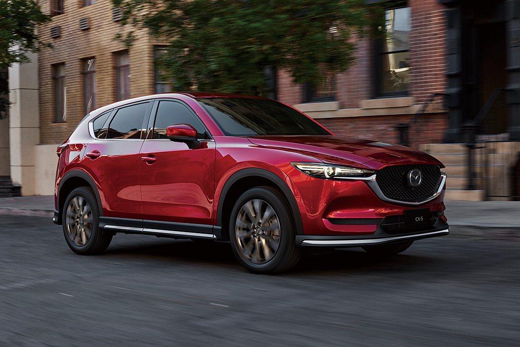 Mazda CX-5型動旗艦版免費加贈限量原廠空力套件組,升級項目包含前擾流、車...