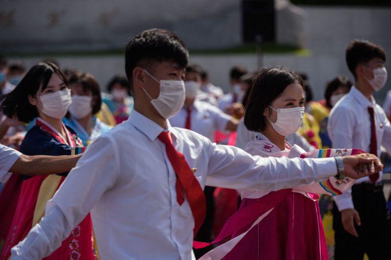 傳北韓地方政府為了安撫開墾農村、礦區的退伍軍人,打算強制當地婦女和退伍軍人結婚。示意圖。法新社
