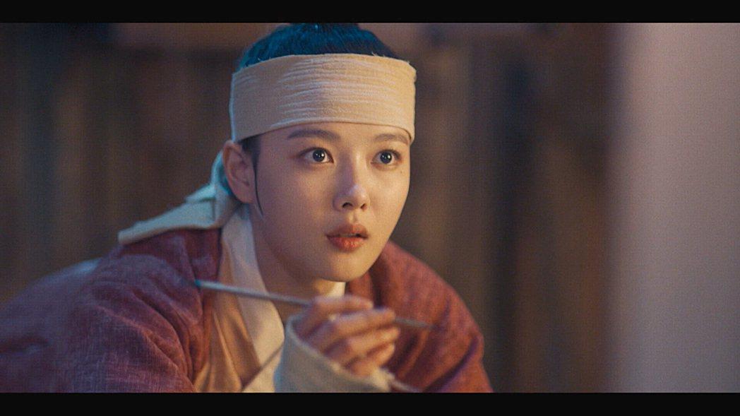 金裕貞主演「紅天機」,展現絕美古裝扮相。圖/friDay影音提供