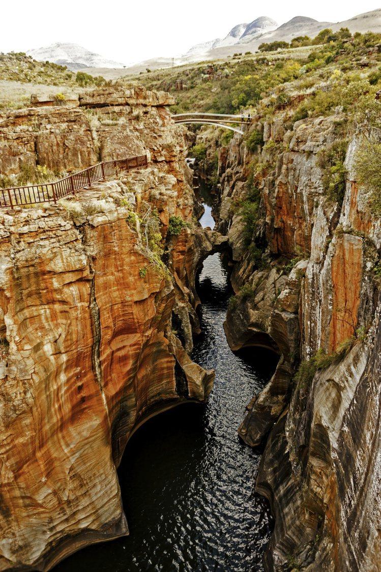 Motlatse Marvel作品設計靈感來自南非的莫特拉澤峽谷。圖/DE BE...
