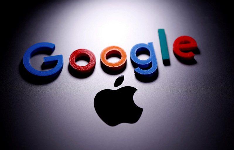南韓國會8月31日通過修法,將禁止蘋果和谷歌等App商店營運商強迫開發者使用自家線上支付系統,也讓消費者擁有更多樣的替代選擇,預計9月初經文在寅總統簽字生效。路透