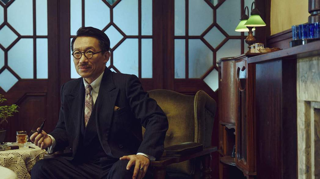 郭子乾在「茶金」中飾演茶葉大王吉桑。圖/公視提供