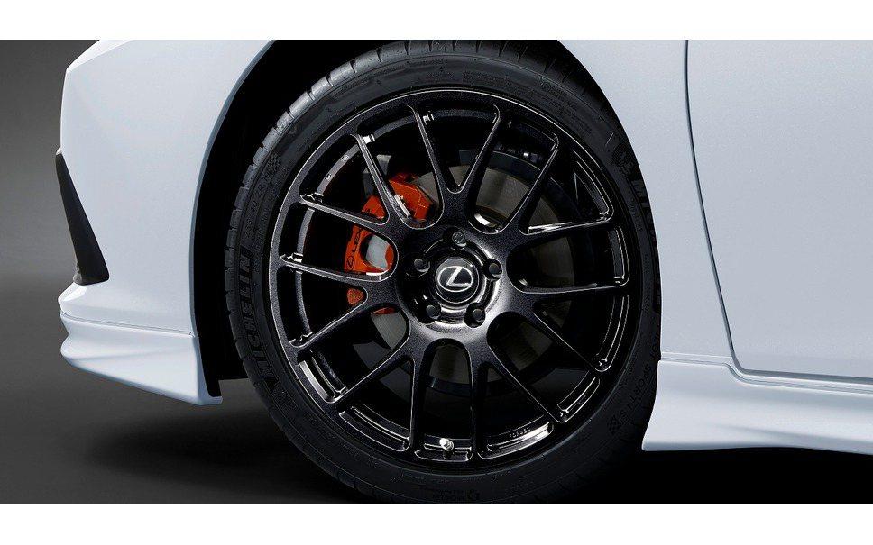 提供包括20吋鍛造輪圈和較小的19吋鍛造輪圈選擇。 圖/TRD提供