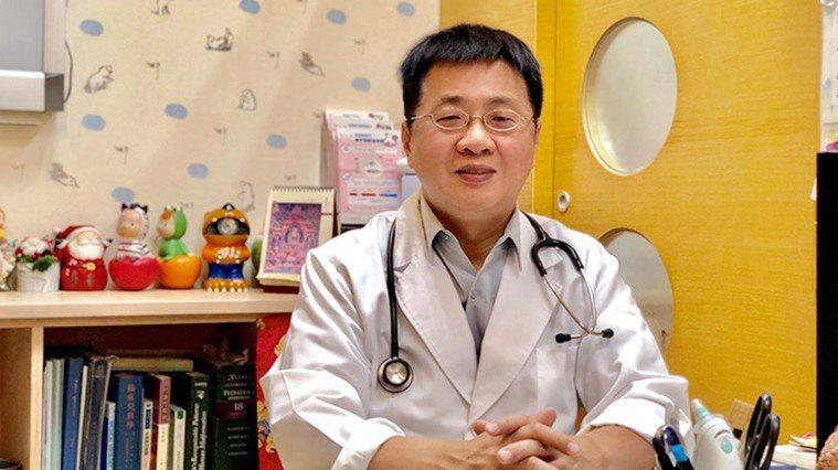 蔡尚均醫師指出,若因肥胖而嚴重影響身高發育,可經由小兒科醫師評估身高狀況,決定是...