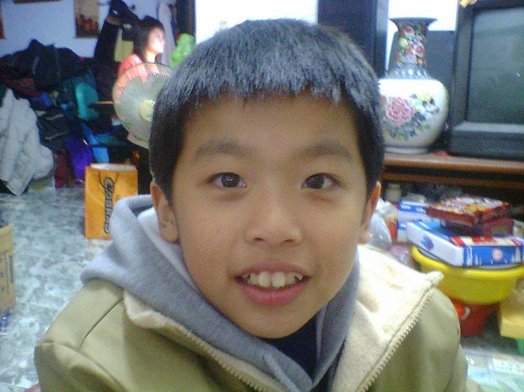 李智凱笑說,自己小時候是個調皮的小鬼。照片提供/李智凱
