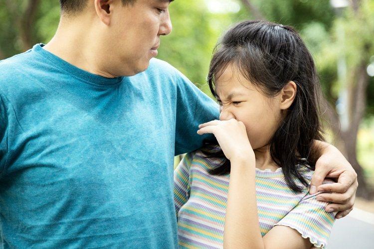 要去除汗臭,首先要找出流汗的原因,除了高溫、壓力、情緒緊張會讓人冒汗之 外,像甲...
