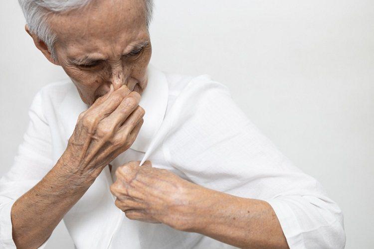 衣物臭味來源大致上可以分3個原因,針對不同原因有不同的除臭方法。 圖/常春月刊提...