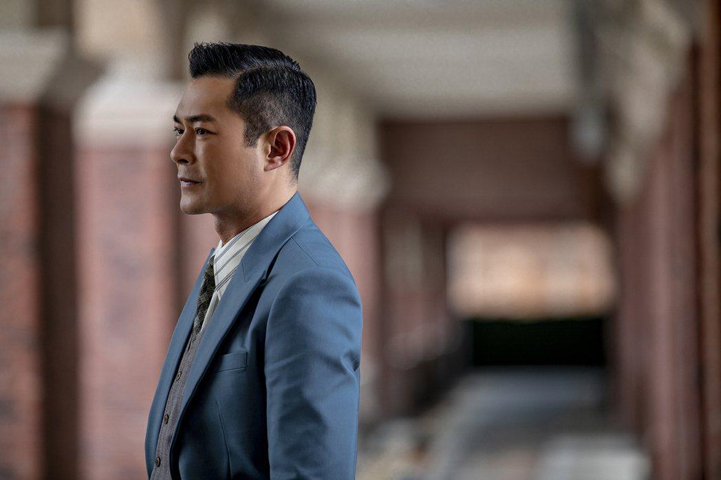 古天樂扮演廉政公署的檢查官。圖/華映提供