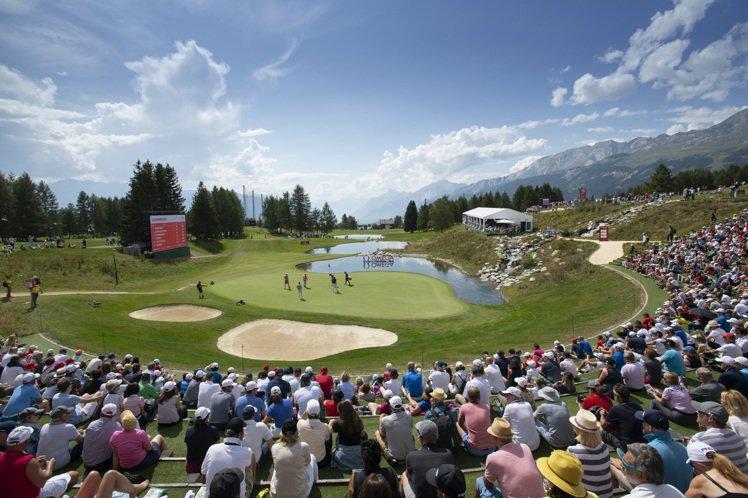 位於Crans-Montana高山上的Crans-sur-Sierre高爾夫俱樂...