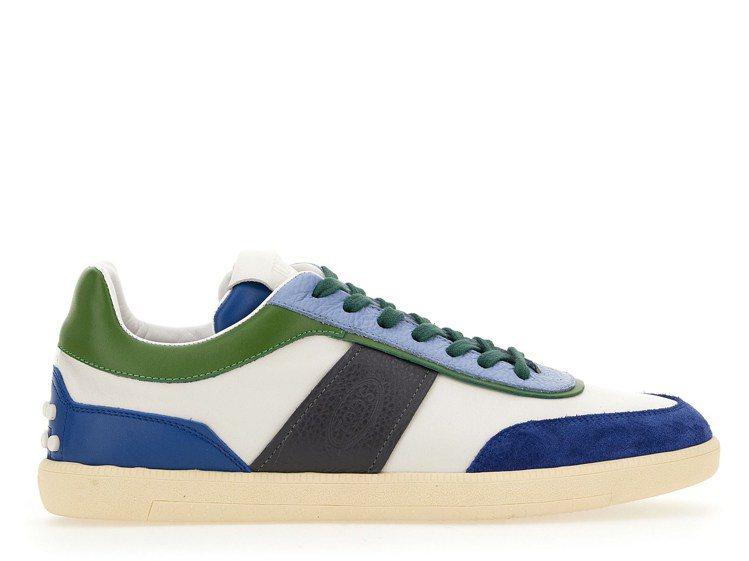 TABS茶綠色拼接休閒鞋,23,000元。圖/迪生提供