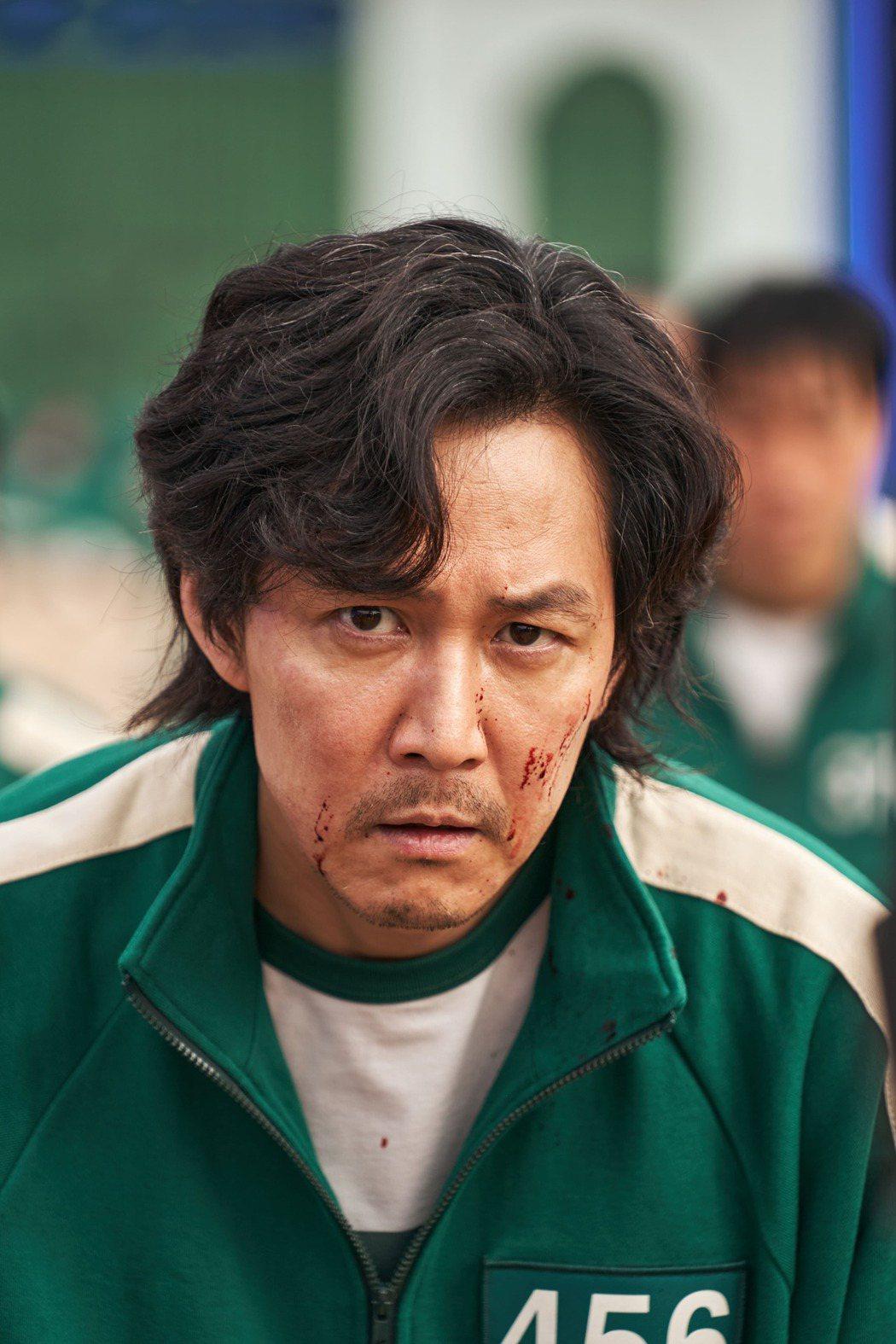 男神李政宰在「魷魚遊戲」擔綱主演。圖/Netflix提供