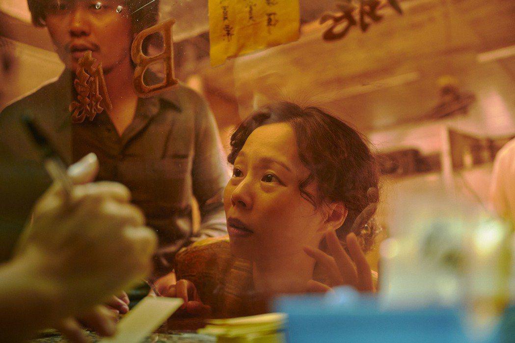 孫淑媚劇中用親情淚水喚回兒子。圖/公視、myVideo提供
