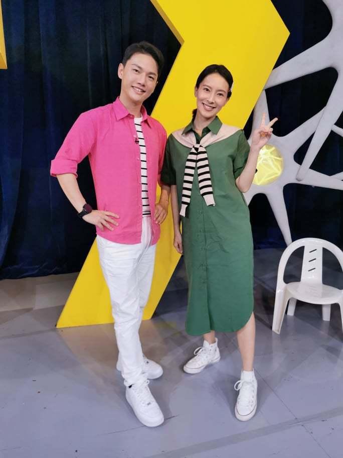 王伯源(左)與陳瑋薇。圖/摘自臉書
