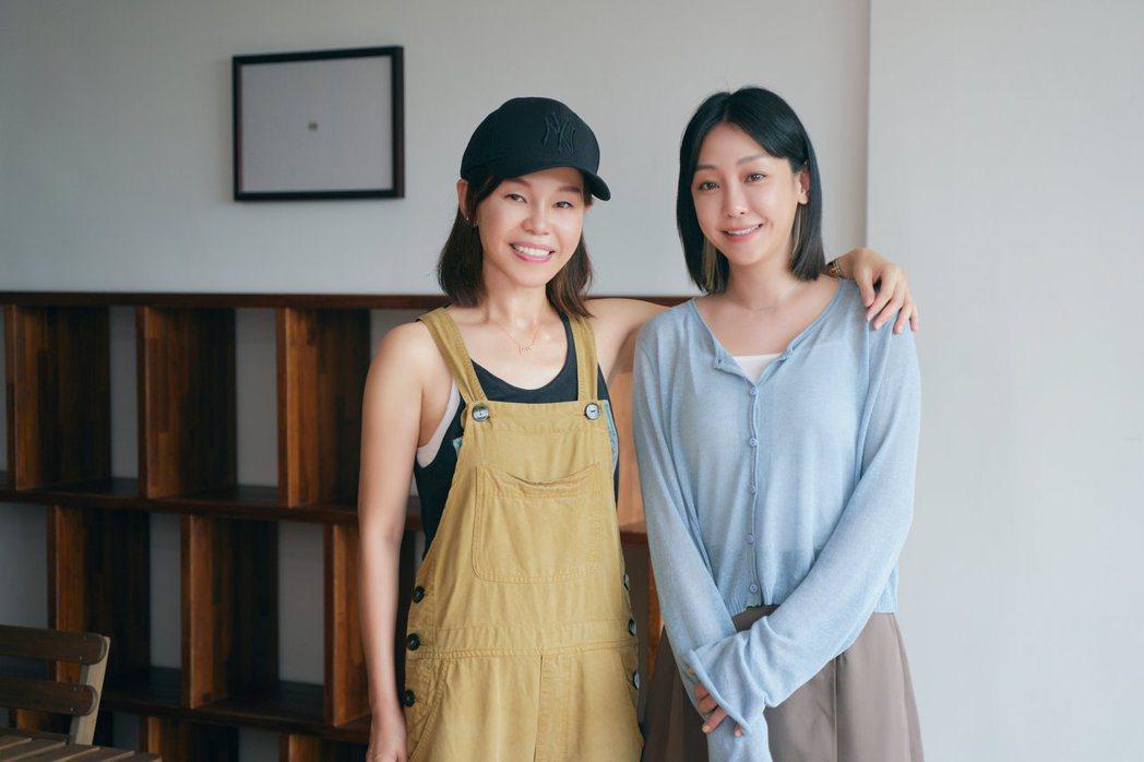 彭佳慧(左)探班謝欣穎時,被她的表現逼哭。圖/索尼音樂提供