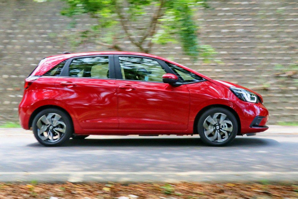 Honda Fit維持輕快好開的設定。 記者陳威任/攝影