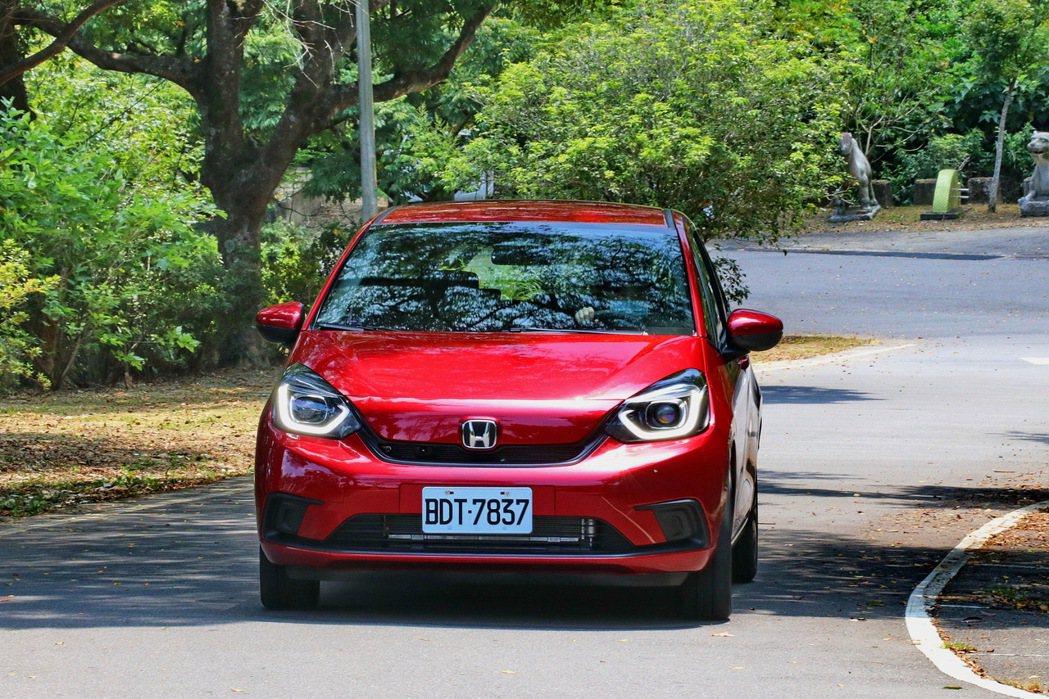 第四代Fit確實是一台讓人印象深刻的新世代車款。 記者陳威任/攝影