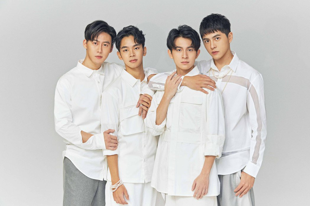 林煒傑(左起)郭宇宸、林暉閔、黃新皓演BL劇「基因決定我愛你」。圖/達騰娛樂提供