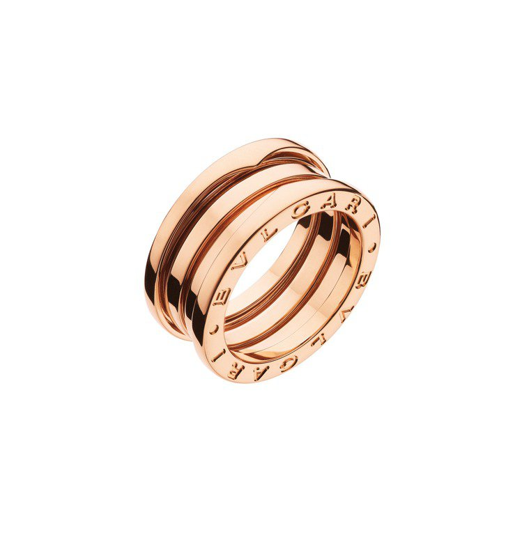 BVLGARI B.zero1系列玫瑰金三環戒指,約66,000元。圖/寶格麗提...