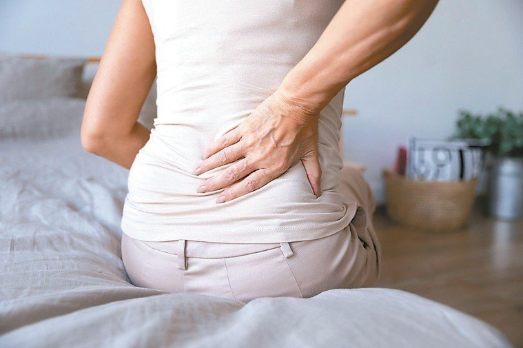 坐骨神經痛容易與皰疹前神經痛混淆,影響臨床診斷與治療。圖/123RF