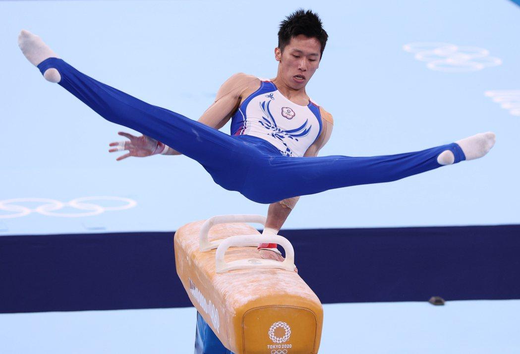 李智凱在東奧單項鞍馬賽事中展演出15.400高分,拿下銀牌。照片提供/報系資料照