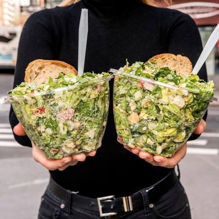 美國上班族最具特色的午餐是沙拉。(網路照片)