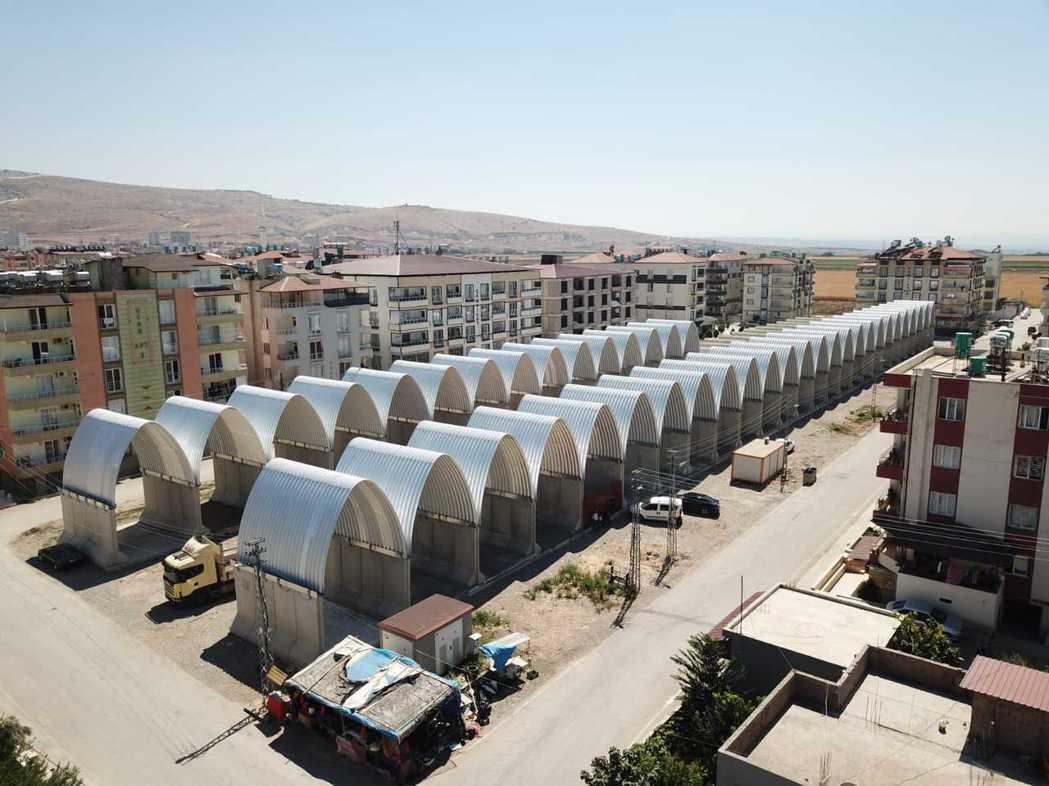 以台灣為名的「雷伊漢勒世界公民中心」,是首次民間打造的敘利亞難民中繼站。 圖/裘...