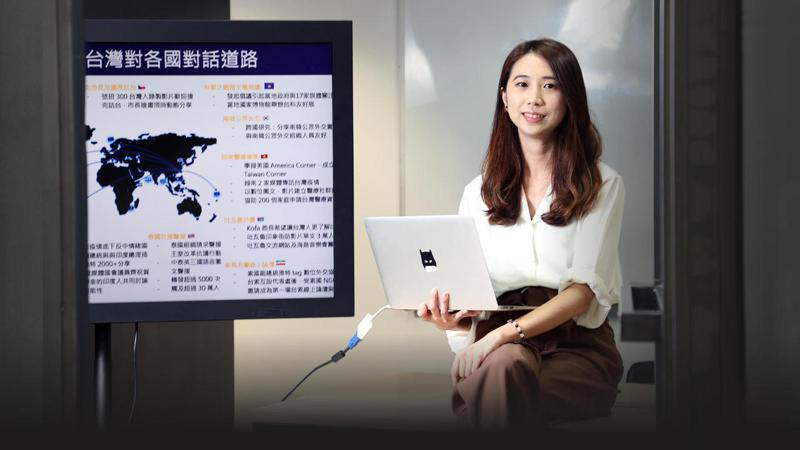 郭家佑希望透過協會與各界攜手,努力透過社群媒體、民間力量,讓台灣在國際上有更深度的曝光。記者林澔一/攝影