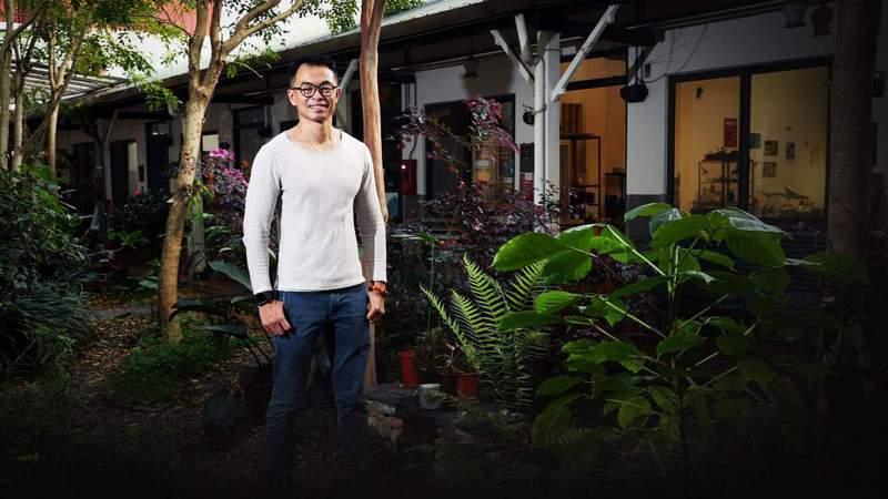 林峻丞希望台灣各地都能建立地方支持系統,讓孩子從小認識家鄉,有能力時願返鄉發展,改變在地。記者林澔一/攝影