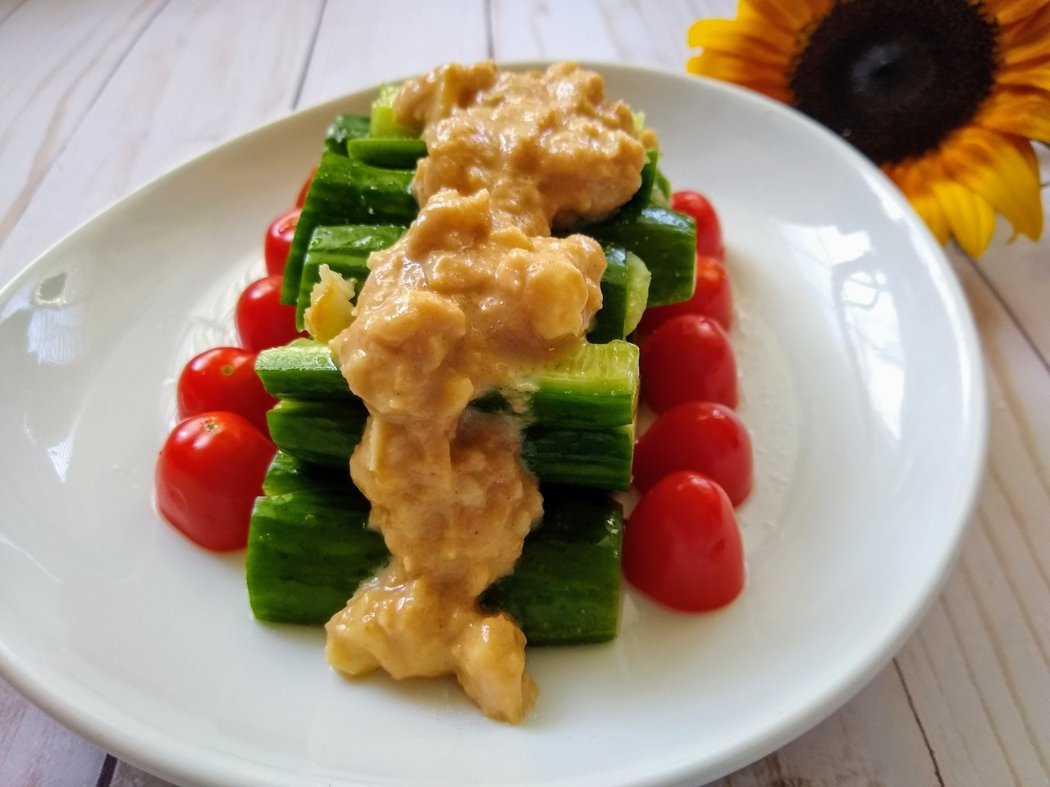 圖文:美國蕃媽/食譜/涼拌花生醬黃瓜