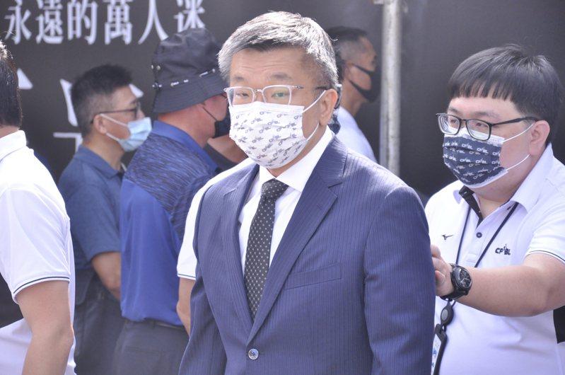 根據多家媒體報導,中職會長蔡其昌昨日率聯盟多位一級主管拜會中華電信,並對新球隊加盟辦法進行簡報。 聯合報系資料照