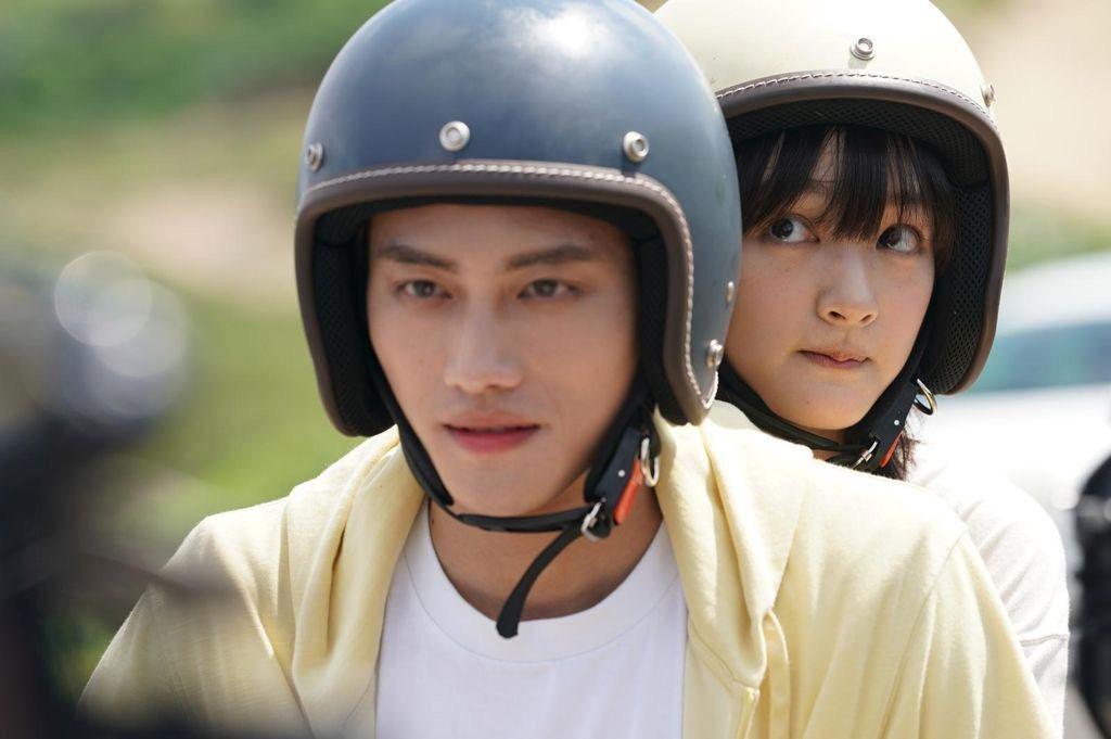 王淨(右)、范少勳演出「比悲傷更悲傷的故事」影集版。圖/Netflix提供