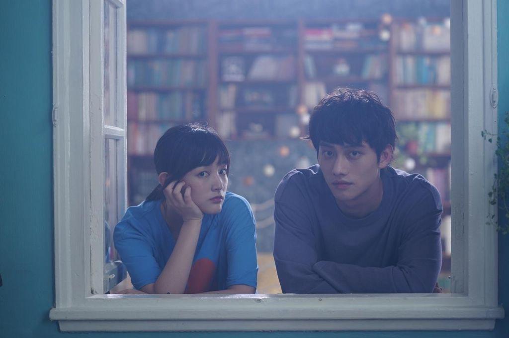 王淨(左)、范少勳演出「比悲傷更悲傷的故事」影集版。圖/Netflix提供