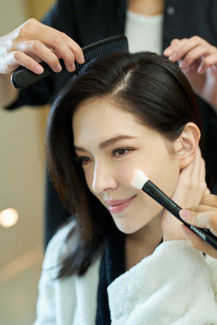 許瑋甯對於妝容很有自己的想法。圖/香奈兒提供