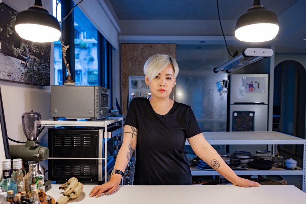 陳小曼從建築設計走向食物設計之路,但內在的建築魂始終未離身,這幾年,她做的事與身...