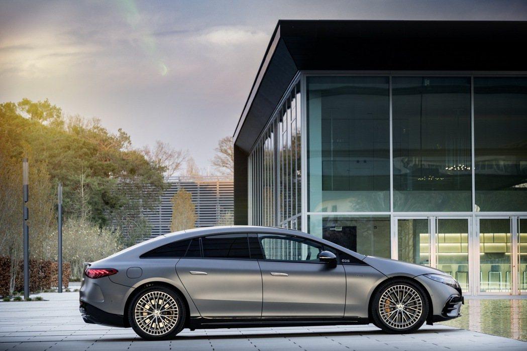 AMG Sound Experiences跑車聲浪系統能隨著駕駛模式切換更改響度...